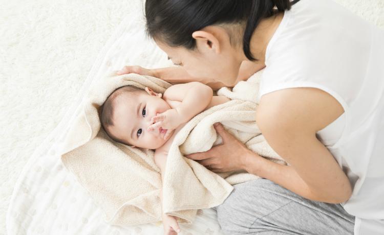 乳幼児にできやすい汗疹(あせも)