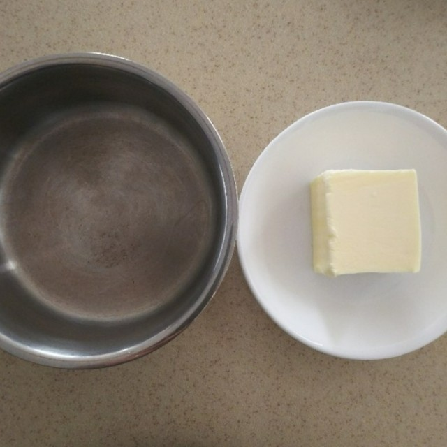 マドレーヌ用のバター
