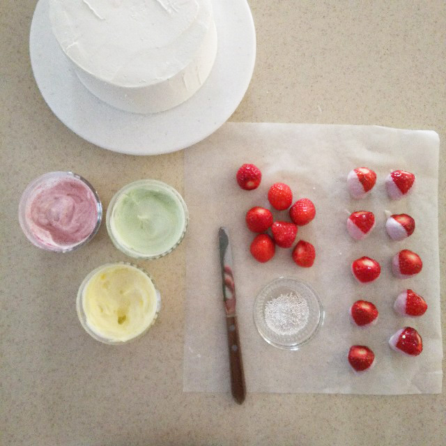 デコレーションケーキの材料